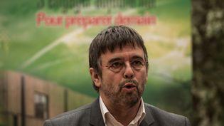 Le maire Europe Ecologie-Les Verts de Grande-Synthe (Nord), Damien Carême, le 20 janvier 2016. (PHILIPPE HUGUEN / AFP)