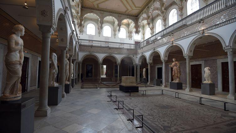 Le musée du Bardo de Tunis (Tunisie), le 27 mars 2015, après l'attaque menée par des terroristes contre des touristes. (FETHI BELAID / AFP)