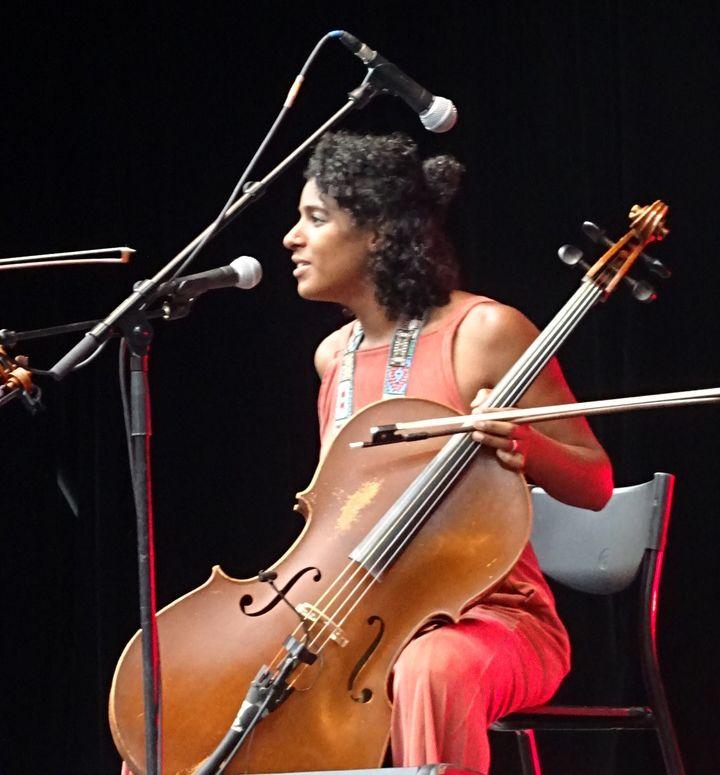Leyla McCalla et son violoncelle  (Jean-François Convert)