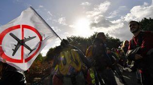 Des opposants au projet d'aéroport de Notre-Dame-des-Landes manifestent le 21 octobre 2017 (Illustration). (LOIC VENANCE / AFP)