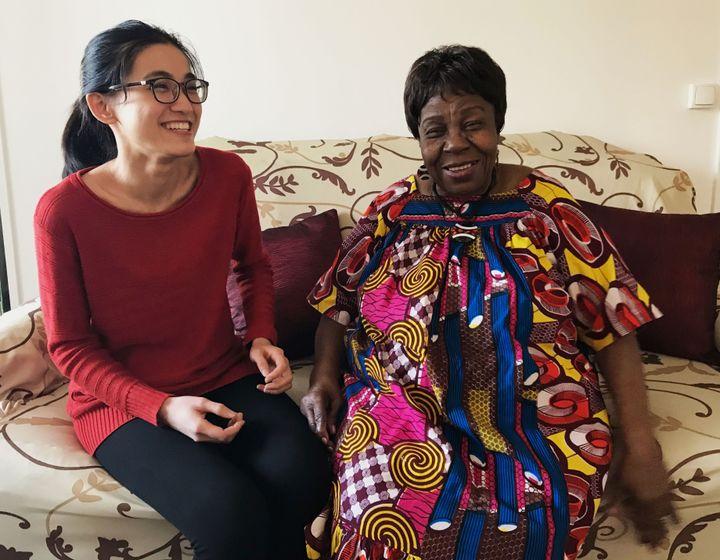 """""""J'ai toujours vécu avec des personnes âgées, avec ma grand-mère au Vietnam"""",raconte Anne, étudiante en sciences du langage. (Valentine Joubin / Radio France)"""