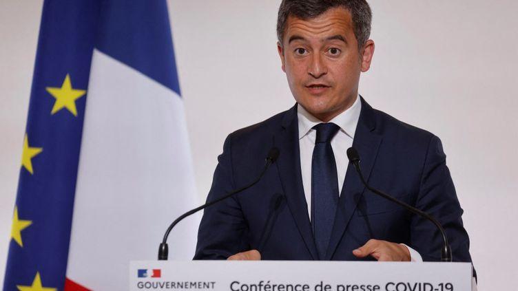 Le ministre de l'Intérieur, Gérald Darmanin,lors d'une conférence de presse sur l'épidémie de Covid-19, le 22avril 2021 à Paris. (LUDOVIC MARIN / AFP)