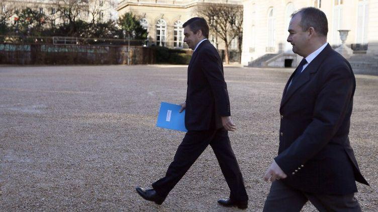 François Fillon à son arrivée à l'Assemblée, le 4 décembre 2012. (KENZO TRIBOUILLARD / AFP)