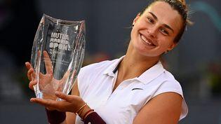 Aryna Sabalenka a remporté le tournoi 2021 de Madrid. (GABRIEL BOUYS / AFP)