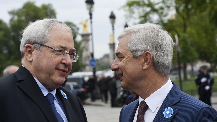Le président de la région Ile-de-France, Jean-Paul Huchon, et le président de l'Assemblée nationale, Claude Bartolone, le 8 mai 2015 à Paris. (LOIC VENANCE / AFP)
