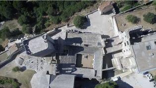 L'abbaye de Montmajour (Bouches-du-Rhône) raconte l'histoire de FranceDu Xe au XVIIIe siècle (FRANCE 2)