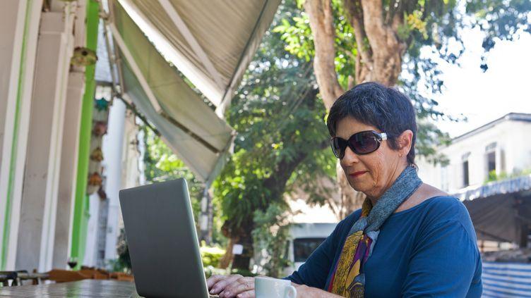 Un projet de loi propose de libéraliser le marché de l'optique sur internet. (JAG IMAGES / CULTURA CREATIVE / AFP)
