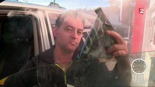 Pascal Chamaillard, cogérant de son entreprise de vitres teintées (FRANCE 2)