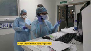 Des soignants de l'hôpital de mulhouse débordé (FRANCEINFO)