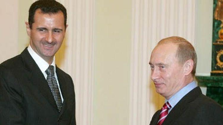 Rencontre entre le président syrien Bachar El Assad et le son homologue russe, Vladimir Poutine, au Kremlin le 19-12-2006 (AFP - POOL - SERGEI KARPUKHIN )