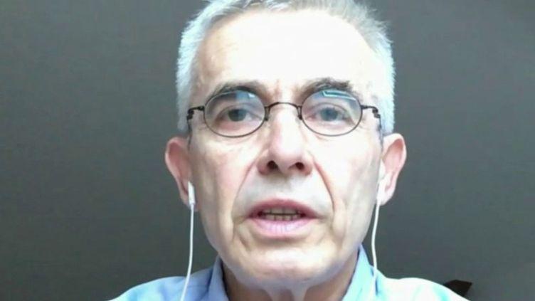 """""""C'est au gouvernement d'assumer la responsabilité de l'obligation du port du masque"""" : Yves Veyrier est l'invité des 4 Vérités (FRANCE 2)"""