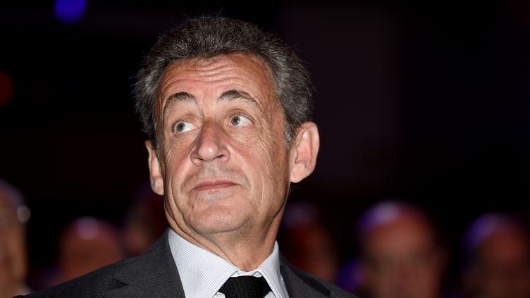 Nicolas Sarkozy à Bagnolet, près de Paris, le 20 avril 2018. (ERIC PIERMONT / AFP)