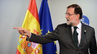 Le chef du gouvernement espagnol, Mariano Rajoy, s'exprime à Bruxelles, le 20 octobre 2017. (ALEXEY VITVITSKY / SPUTNIK / AFP)