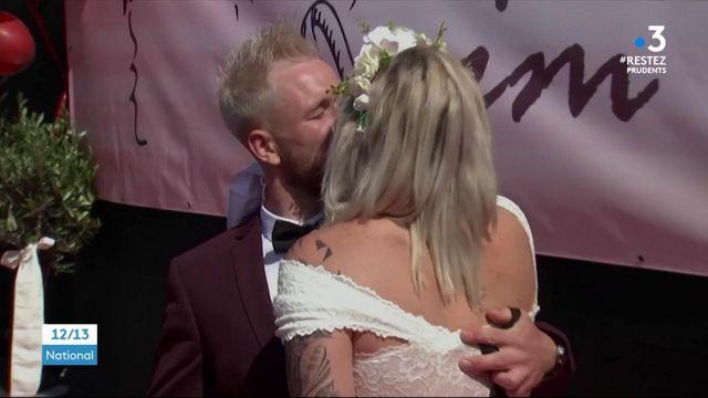 """Allemagne : des mariages organisés en """"drive"""" à cause du coronavirus"""
