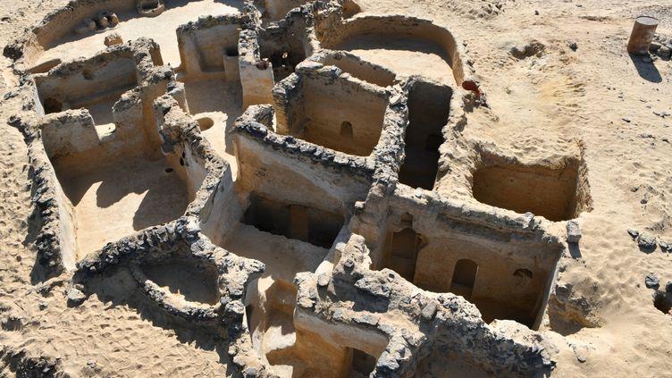 Vue de la structure chrétienne antique mise au jour dans le désert égyptien par une mission franco-norvégienne (13 mars 2021) (EGYPTIAN MINISTRY OF ANTIQUITIES / AFP)