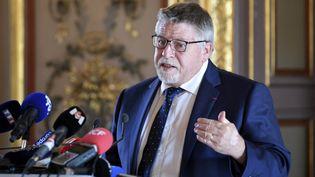 Le président de l'Agence régionale de santé en PACA Philippe de Mester donnant une conférence de presse le 14 septembre 2020. (NICOLAS TUCAT / AFP)