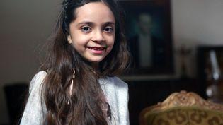 Bana Al-Abed, la fillette syrienne devenue célèbre pour ses tweets durant le siège d'Alep (Syrie), le 22 décembre 2016 à Ankara (Turquie). (ADEM ALTAN / AFP)