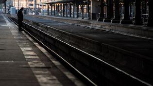 Les quais de la gare de Lyon, à Paris, le 19 avril 2018. (CHRISTOPHE SIMON / AFP)