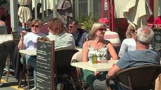 Tourisme : les hôtels et restaurants en manque de main-d'œuvre (France 2)
