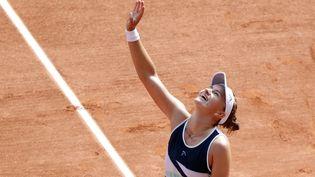 Barbora Krejcikova lors de son sacre à Roland-Garros en 2021, dimanche 13 juin. (MEHDI TAAMALLAH / NURPHOTO)