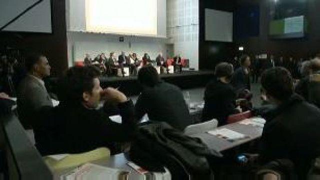 Foire d'empoigne, insultes et huées à Paris XVIe contre le projet d'un centre pour sans-abris