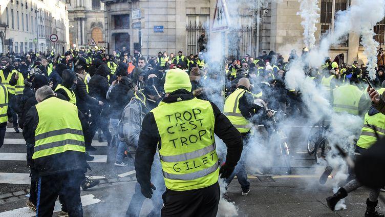 """Une manifestation de """"gilets jaunes"""" à Nancy (Meurthe-et-Moselle), le 19 janvier 2019. (JEAN-CHRISTOPHE VERHAEGEN / AFP)"""
