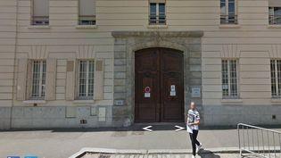 Capture d'écran de l'entrée du palais de justice de Fontainebleau (Seine-et-Marne). (GOOGLE STREET VIEW)