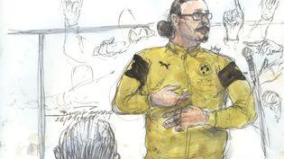 Un dessin représente Jawad Bendaoud, le 26 janvier 2018, lors de son procès à Paris. (BENOIT PEYRUCQ / AFP)