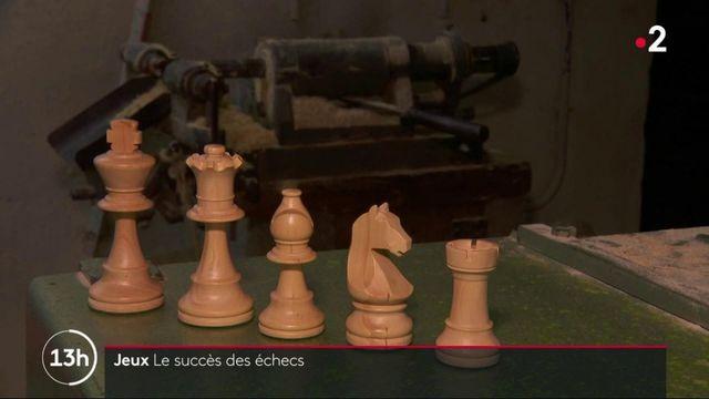 Jura : le nouveau succès des échecs fait le bonheur d'un fabricant de jeux en bois