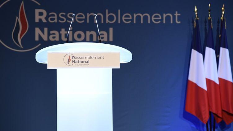 Un podium du Rassemblement national, lors des élections européennes, le 26 mai 2019 à Paris. (BERTRAND GUAY / AFP)