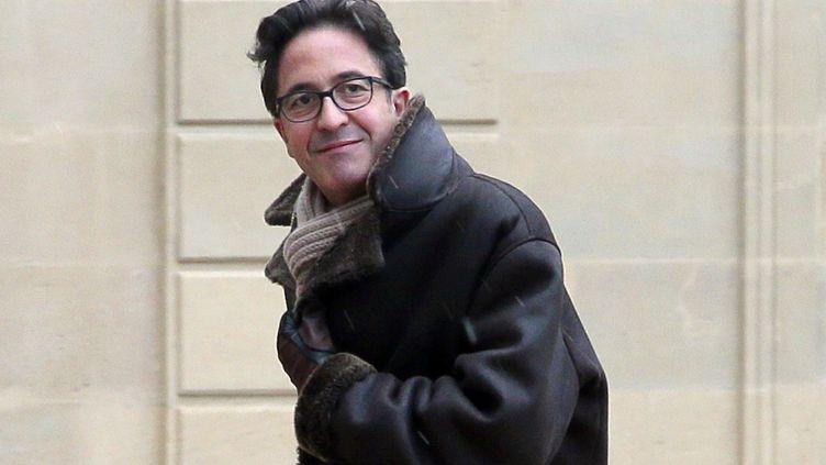 Aquilino Morelle, alors conseiller spécial du président de la République François Hollande, arrive à l'Elysée le 25 février 2013. (JACQUES DEMARTHON / AFP)