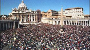 """Le Saint-Siège est """"l'administration centrale de l'Eglise catholique romaine"""", selon l'avocat des plaignants (AFP PHOTO)"""