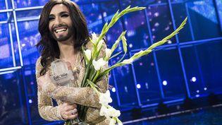 L'Autrichienne Conchita Wurst sur la scène du concours Eurovision de la chanson après sa victoire, dimanche 11 mai 2014, à Copenhague (Danemark). (SCANPIX DENMARK / REUTERS)