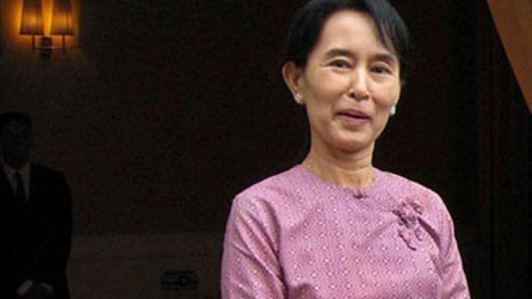 La dissidente birmane, prix Nobel de la Paix, Aung San Suu Kyi, le 04 novembre 2009 (AFP/HLA HLA HTAY)