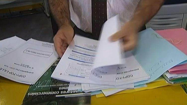 Le ministre de l'Economie s'est appuyé sur le rapport d'un député PS, Thierry Mandon. ( FRANCE 2 / FRANCETV INFO)