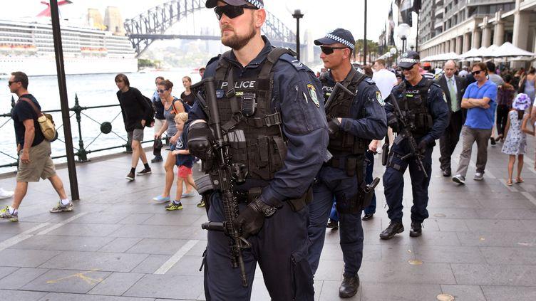 Un policier dans les rue de Sydney, le 18 décembre 2017. (WILLIAM WEST / AFP)