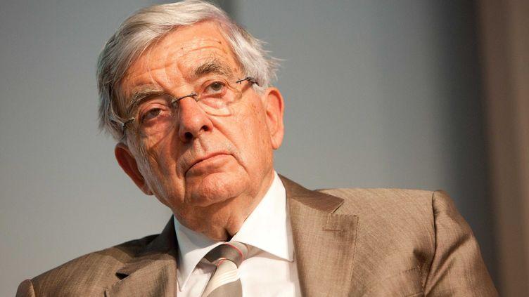 Le sénateur et candidat à l'élection présidentielle Jean-Pierre Chevènement, le 4 octobre 2011 à Paris. (REVELLI-BEAUMONT / SIPA)