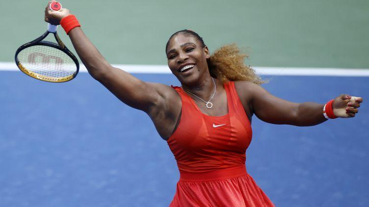 Serena Williams s'est rassurée hier soir à Flushing Meadows (JASON SZENES / EPA)