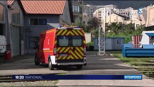 Intempéries : un homme tué à Bastia par la chute d'un panneau publicitaire