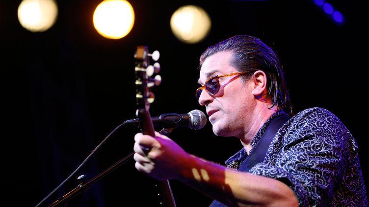 Thomas Dutronc s'est produit au festival de guitare de Patrimonio, en Haute- Corse (ici à Ajaccio le 27 juin 2019) (PASCAL POCHARD-CASABIANCA / AFP)