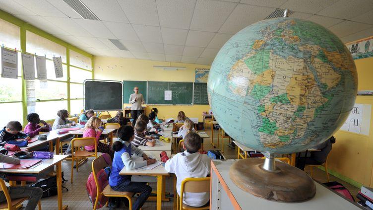 Angers (Maine-et-Loire), le groupe scolaire de l'Isoret expérimentela semaine de quatre jours et demi. (FRANK PERRY / AFP)