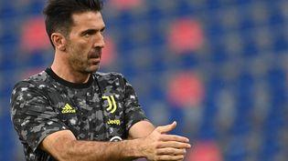 Le gardien international italien Gianluigi Buffon, sous les couleurs de la Juventus, le 23 mai 2021. (ANDREAS SOLARO / AFP)