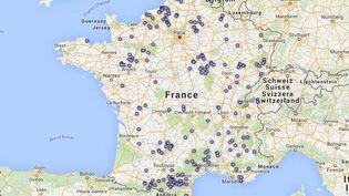 La carte des 237 communes de France classées comme en zone blanche téléphonique par le secrétariait d'Etat au Numérique, le 6 novembre 2015. (FRANCETV INFO)