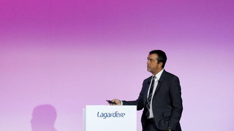 Arnaud Lagardère, patron du groupe qui porte son nom, le 10 mai 2019 à Paris. (ERIC PIERMONT / AFP)