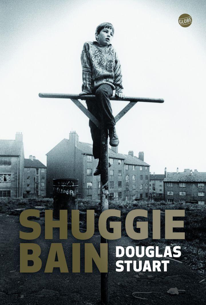 """Couverture du roman de Douglas Stuart, """"Shuggie Bain"""" (@ éditions Globe)"""