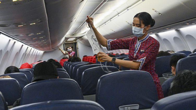 Un vol de la compagnie Lion Air, en février 2021. (ROMEO GACAD / AFP)