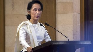 La conseillère d'Etat de la Birmanie,Aung San Suu Kyi, à Rangoun, le 26 février 2017. (YE AUNG THU / AFP)