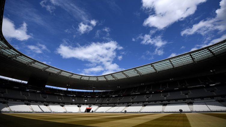 Le stade de France, le 30 avril 2020. (FRANCK FIFE / AFP)