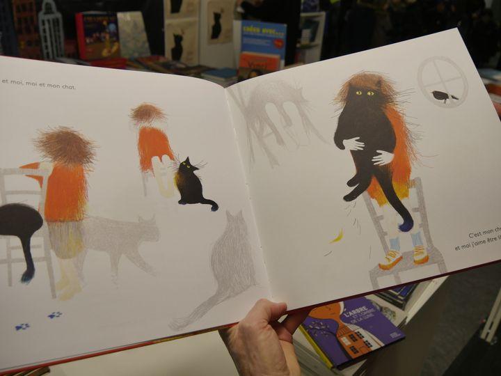 """""""Tête à tête avec mon chat"""" d'Isabelle Simler (Editions courtes et hautes)  (Laurence Houot / Culturebox)"""