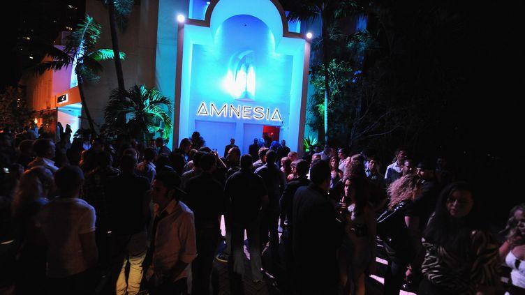La façade de l'Amnesia, à Miami (Floride), lors de la soirée d'ouverture le 21 octobre 2011. (GUSTAVO CABALLERO / WIREIMAGE)